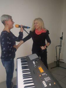 занятия по вокалу киев троещина